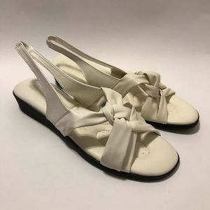 New with box Angel Stepe Size 11M